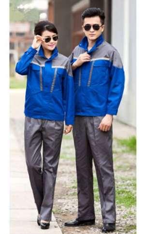 深灰配艳蓝套装
